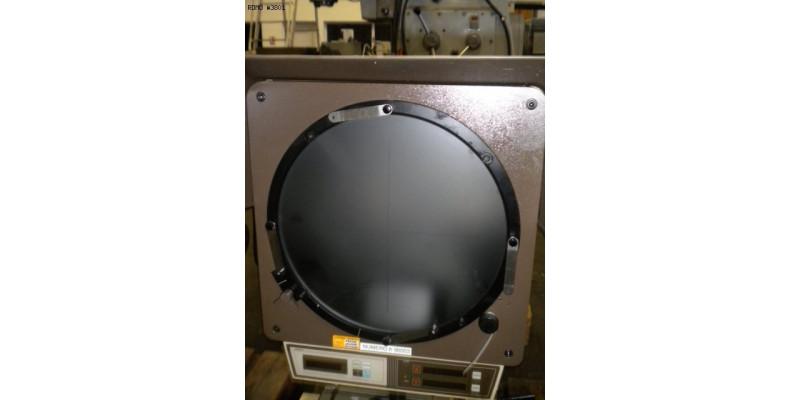 Profile projector Mitutoyo PJ 300 (3801) Used Machine tools